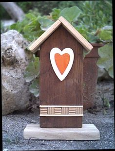 Erreenne - decorative birdhouse