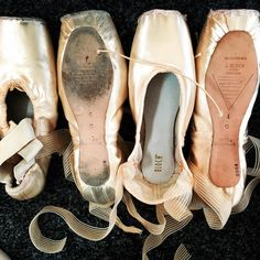 Double show Wednesday calls for new pointe booties  #ballet #ballerinasofig #ausballet #bloch #blochau #pointeshoes