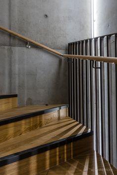 Project: Reiulf Ramstad Arkitekter Location: Oslo Year: 2020 Photo: Veronika Moen Interior Photo, Oslo, Bathtub, Stairs, Projects, Home Decor, Standing Bath, Log Projects, Bathtubs