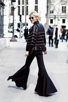 Love these flared pants!