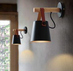 Stoere wandlamp met leer € 38,28