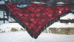 Ravelry: Morrighan shawl pattern by Caroline Levander