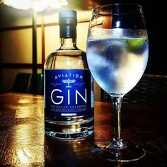 Distilled inside Gatwick airport and makes a tasty Gin & Tonic. @the_nicholas_culpeper #craftgin #gin #ginoclock #ginandtonic #nicholasculpeper #ginstagram #gintonictime #ginzealand #ginspiration #gatwickairport