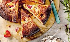 Madeleine Shaw: Strawberry cake with coconut whipped cream