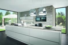 AvivA Concept Kitchens איכות גרמנית בניחוח צרפתי מטבח דגם במה Line N