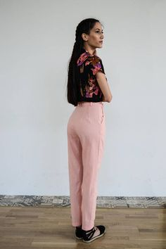 High Waisted Linen Pants /Pink Pants/ Vintage Pants / High Vintage Pants, Vintage Outfits, Harem Pants, Trousers, Pink Pants, Outfits For Teens, Beauty Women, Spring Outfits, High Waist