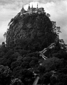 Mt.Popa - Birma