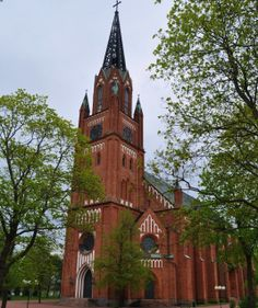 The Central Church of Pori was built in the Neo-Gothic style in 1859-1863. It was designed by T. Chiewitz, and C.J. von Heideken. The characteristic spire of the bell-tower is made of cast-iron.
