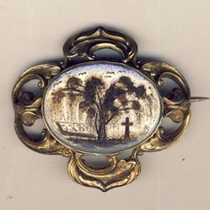 Victorian Mourning brooch made with strand of hair in resin - Both sides were done - a true masterpiece - tests as 9kt