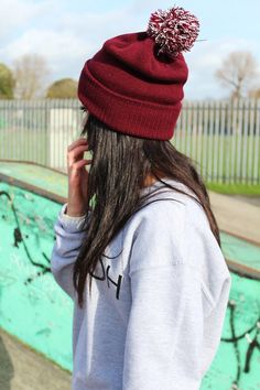 41 Trendy How To Wear Hats Winter Beanie Street Styles Swag Girl, Colorful Wedding Shoes, Mein Style, Poses, Bad Hair Day, Tumblr Girls, Beanie Hats, Beanies, Swagg