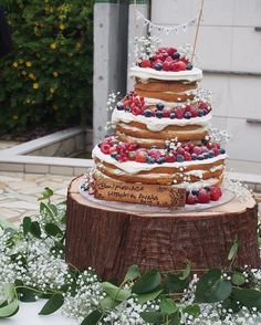A giant naked cake! #WeddingCake #Beauty #Art #Delicious #Dessert