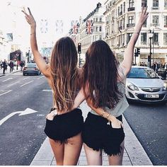 Youth fashion ღ: Photo # youth fashion - Bff Pictures Cute Friend Pictures, Best Friend Photos, Best Friend Goals, Friend Pics, Best Friends Shoot, Cute Friends, Bff Images, Shooting Photo Amis, Friend Tumblr