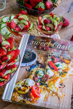 This 4 ingredient salad is a total show stopper! It really lets the strawberries and cucumbers shine. The other ingredients are balsamic vinegar and honey. Cucumber Recipes, Cucumber Salad, Strawberry Recipes, Salad Recipes, Salad Bowls, Soup And Salad, Honey Balsamic Dressing, Cooking Recipes, Healthy Recipes
