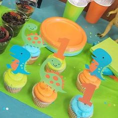 Sarah Gonzalez added a photo of their purchase Dinasour Birthday, Dinosaur First Birthday, Boys First Birthday Party Ideas, Dinosaur Party, Birthday Party Decorations, Die Dinos Baby, Dinosaur Cake Toppers, Birthday Bunting, Baby Party