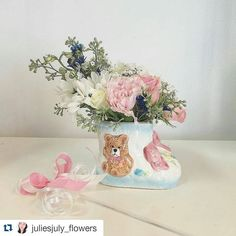 great vancouver florist Welcome to the world baby girl  baby shower arrangement designed by our junior designer Julie #babyshower #flower #gift #flowers #vancouver #florist #yvr #vancity #itsaboy #itsagirl #teampink #newborn #mamatobe #newmom #yaletown #sunflowerflorist by @vancouverflower  #vancouverflorist #vancouverflorist #vancouverwedding #vancouverweddingdosanddonts