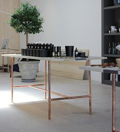 copper base slim table