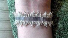 * Bugle bracelet - pattern: http://beadingbutterfly.com/download/Quicksilver%20Tutorial.pdf