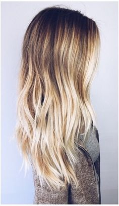 Gorgeous ombre hair for summertime.