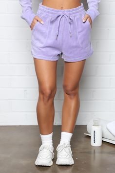 Rompers Women, Jumpsuits For Women, Jordan Outfits Womens, Velour Shorts, 90s Urban Fashion, Swimsuits For Curves, Curves Clothing, Sweater Shop, Streetwear Fashion