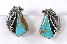 Peterson Johnson Navajo sterling silver and turquoise post earrings E515 Vintage Earrings, Vintage Jewelry, Curved Arrow, Matrix Color, Native American Earrings, American Indian Jewelry, Navajo, Vintage Shops, Jewelry Making