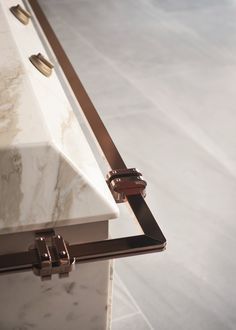 Calacatta Oro marble fitted kitchen GINGER By FENDI CUCINE design marco costanzi