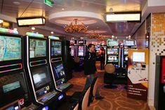 Casino deck 8 Norwegian Breakaway