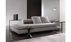 WILLIAMS - SOFAS EN The Williams seating system strikes you immediately; hence it is going to grow into a classic, in line with Minotti's tradition. A remarkable aesthetic Sofa Layout, Bench Furniture, Furniture Design, Sofa Bed Design, Modern Sofa Designs, Sofa Seats, Sofa Upholstery, Home Interior, Living Room Designs