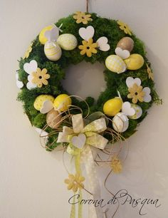 Easter Wreath - Trend Topic For You 2020 Easter Dyi, Hoppy Easter, Easter Crafts, Spring Projects, Spring Crafts, Holiday Crafts, Diy Wreath, White Wreath, Diy Ostern