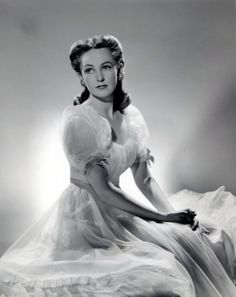 Geraldine Fitzgerald - Photo by George Hurrell