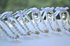 Glass Slipper Necklace / Cinderella Wedding Favors  / Bridal Shower Games / Bridal Wedding  Charm / Wedding Gifts / Quinceanera