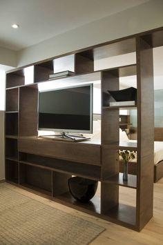 Mueble Divisorio TV / Recámara Principal (De Basch Arquitectos)