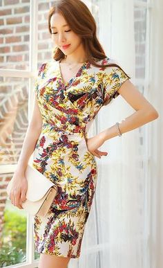 StyleOnme_Floral Print Ruched Wrap Dress #colorful #wrap #dress #spring #summer #koreanfashion #elegant #chic