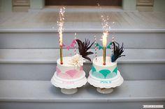 Amazing first birthday smash cakes for boy/girl twins! #firstbirthday #smashcake