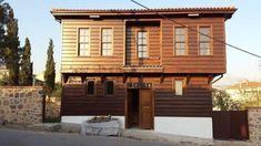 Kocaeli'nin Dilovası ilçesinde bulunan tarihi Tavşancıl evlerinin restorasyon projesi, Kültür ve Turizm Bakanlığı tarafından onaylandı. Bakanlık tarafından tescillenen 15 tarihi yapı restore edilecek.   #dha #dilovasıilçesi #Kocaeli #kocaelidilovasıilçesi #kültürveturizmbakanlığı #restoreedilecek #tavşancılköyü Radios, Istanbul, Home Fashion, Mansions, House Styles, Home Decor, Mansion Houses, Homemade Home Decor, Villas