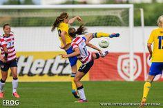 Tobin Heath vs. Sweden. (Caroline Charruyer/Pitchside Report)