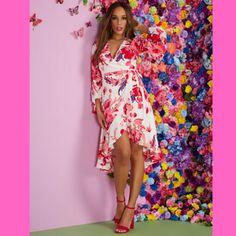 Trendy Shopping - Petite Summer Dresses Petite Summer Dresses, White Pleated Tennis Skirt, Petite T Shirts, Tie Front Dress, Print Wrap, Maxi Wrap Dress, Express Dresses, New Dress, Floral Prints