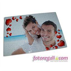 IDEA REGALO N.2 : Il Foto #puzzle personalizzato è il dono perfetto per le coppie più giovani, ma anche per quelle che più consolidate che cercano un'idea regalo diversa dal solito per stupire il proprio partner. Vieni a scoprire tutti i formati: http://www.fotoregali.com/stampe/puzzle