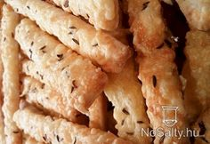 Sajtos rudak sertészsírral Dairy, Cheese, Food, Essen, Meals, Yemek, Eten