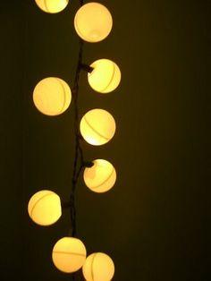 Mais uma utilidade para as luzinhas de Natal (que será uma das minhas próximas aquisições)...