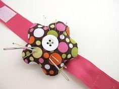 Tutoriel DIY: Faire une fleur porte-aiguilles via DaWanda.com