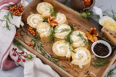 Roulade mit Käse Party Buffet, Kraut, Camembert Cheese, Creme, Nom Nom, Dairy, Dinner, Food, Brunch Invitations