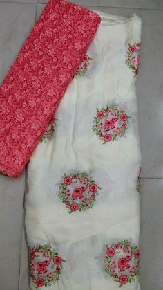 Jute georgette sarees with designer blouse Simple Sarees, Trendy Sarees, Stylish Sarees, Fancy Sarees, Chiffon Saree, Georgette Sarees, Cotton Saree, Kurti, Organza Saree
