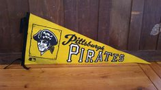 Vintage Pittsburgh Pirates Felt Souvenir Pennant by maliasmark on Etsy