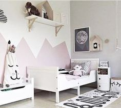 The OYOY Adventure rug isn't just for boy's room, it looks great in girl's room too! Image @bykoczanska kid's room