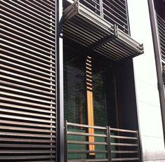 Berlin vertical folding sliding louvered shutter [220] | filt3rs