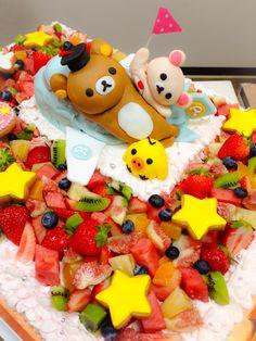 リラックマのケーキ、パーツ Big Cakes, Birthday Cake, Desserts, Food, Tailgate Desserts, Birthday Cakes, Meal, Tall Cakes, Dessert