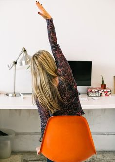 """Six Stretches for People Who Sit at Desks. """"Sitting is the new smoking,"""" say all the experts everywhere. Hunching over a keyboard creates tension in your shoulders, neck and lower back. Yoga For Beginners, Beginner Yoga, Desk Workout, Health And Wellness, Health Fitness, Shoulder Tension, Office Exercise, Easy Stretches, Body Issues"""