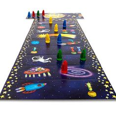 Plan a family game night using Family Fun's list of the top 10 family board games of the year! http://www.parents.com/fun /games/family/top-ten-board-games/?socsrc=pmmpin130517ffBoardGames