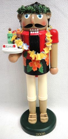 "2006 Target Limited Edition Hawaiian Aloha 14"" Drink Server Nutcracker 2404/9384"