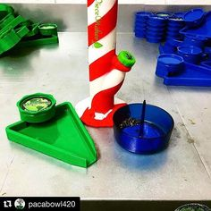 @pacabowl420 with @piecemakergear ・・・  Three of the best products right here piecemaker #debowler #pacabowl420 . Straight stoner tools that are a must. Check us out @ www.pacabowl.com or a CHAMPS trade shows. Fun times and good people.   Blaze YOUR own trail & tag us in you pics and we will repost #piecemakergear.com #piecemaker #BlazeYourOwnTrail #siliconewaterpipe #thc #ganja #420 #budtender #hypeaf #maryjane #marijuana #siliconebongs #シュプリーム #siliconebong #dabbing #hypebae #